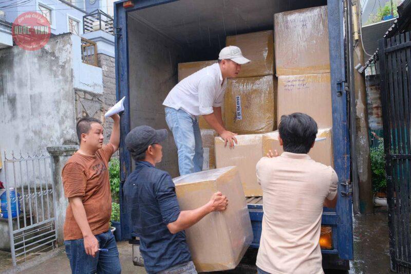 cơm cháy chà bông Quốc Vinh cứu trợ miền Trung